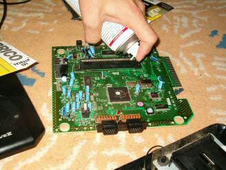 Nes pas dossiers comment d caf iner sa megadrive - Nettoyer circuit imprime ...